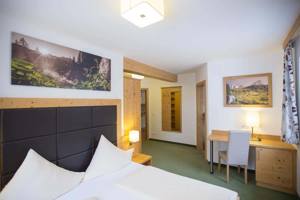 This is how the hotel rooms of the hotel Ennskraxblick in Kleinarl in the beautiful SalzburgerLand look like.